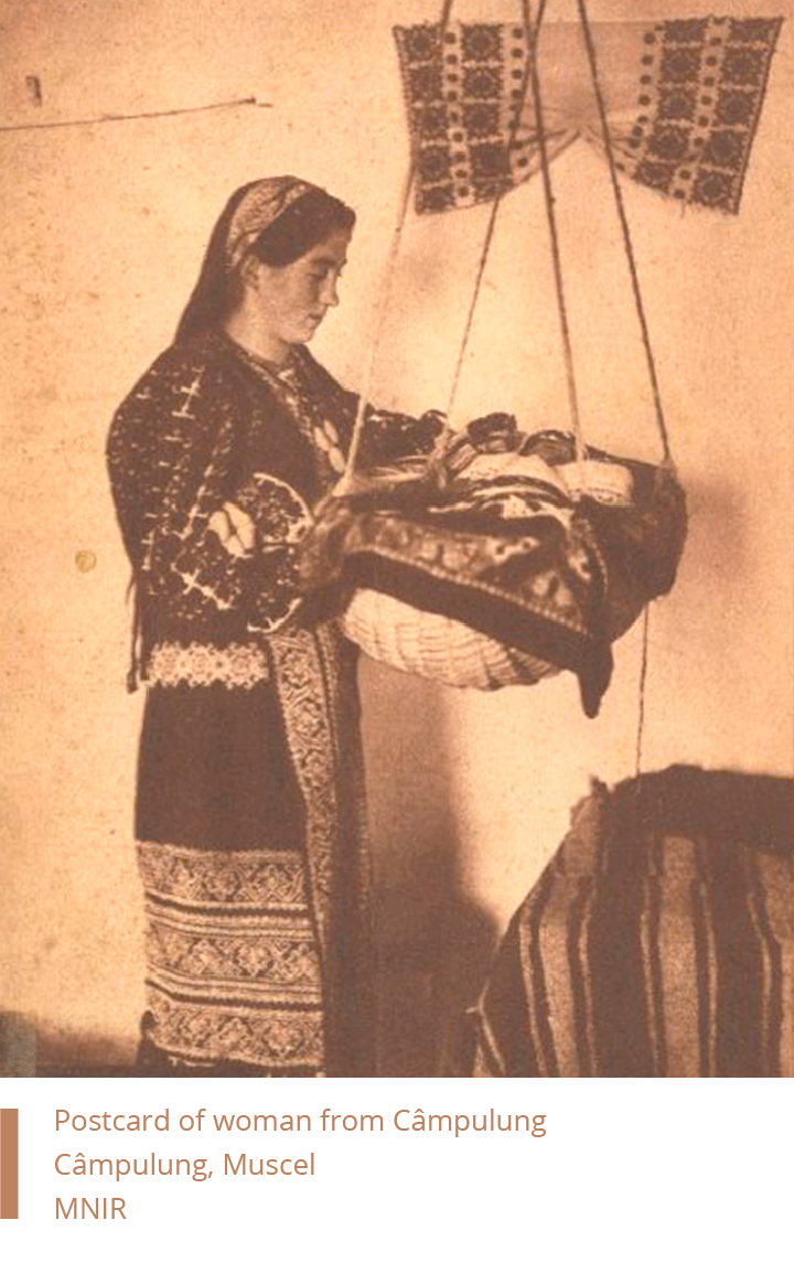 Postcard of woman from Campulung Muscel - MNIR