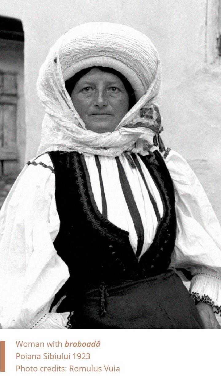 Folkwear-Society-Typology-woman-broboada-Sibiu